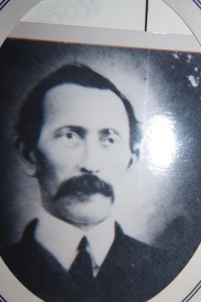 James W Freeman