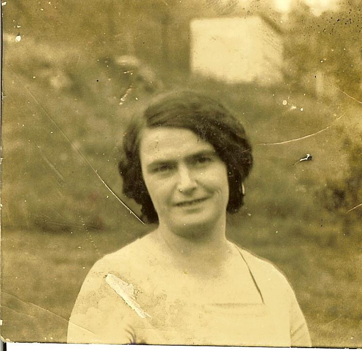 Edna Myrl Lutes