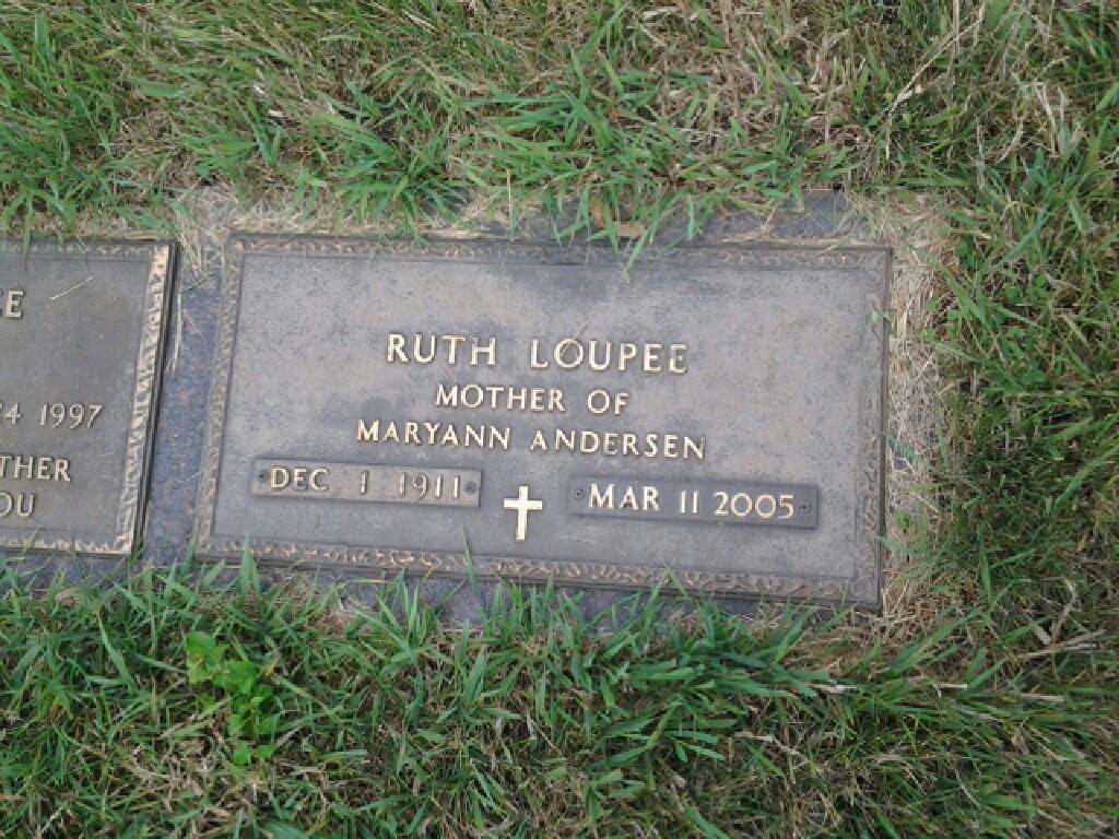 Ruth Hunter