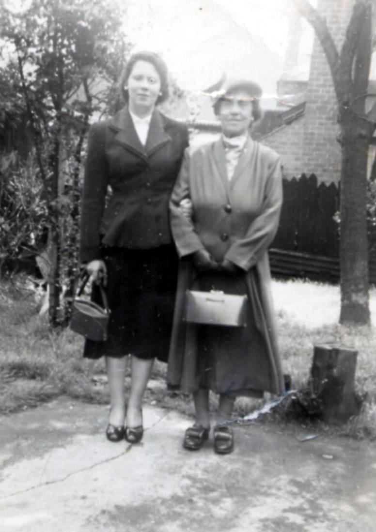Edna Mary Arrow