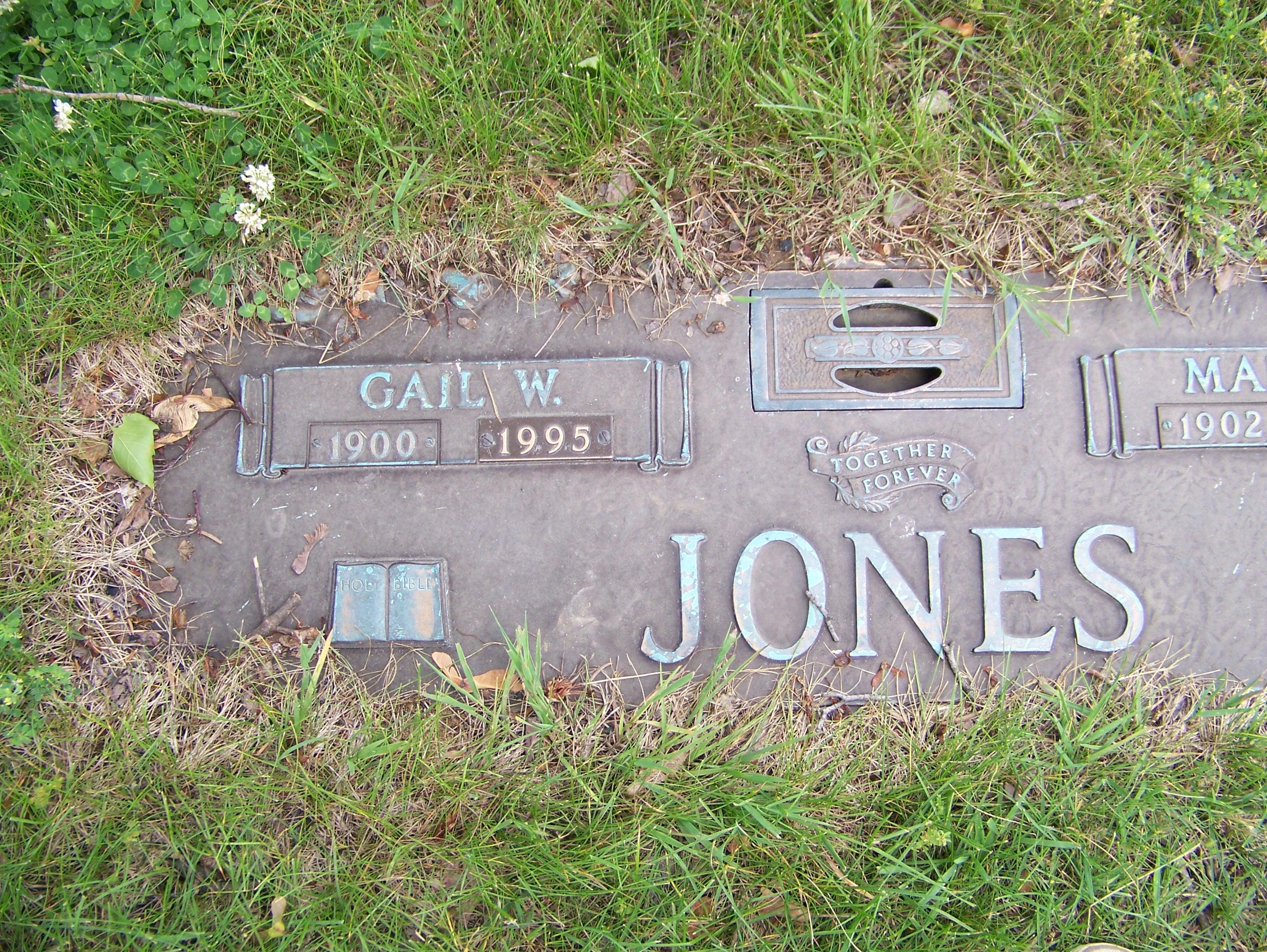 """Gail """" Casey"""" Wilber Jones"""