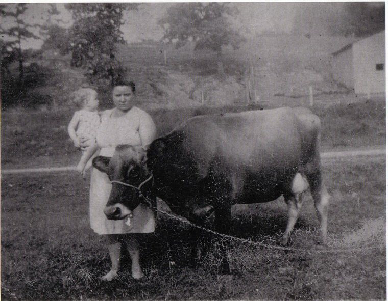 Louisa Bessie 'Pearl' Worley