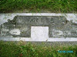 Mabel M Atchison Tanner Van Hee