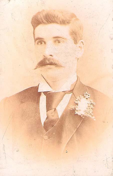 Walter Reynolds