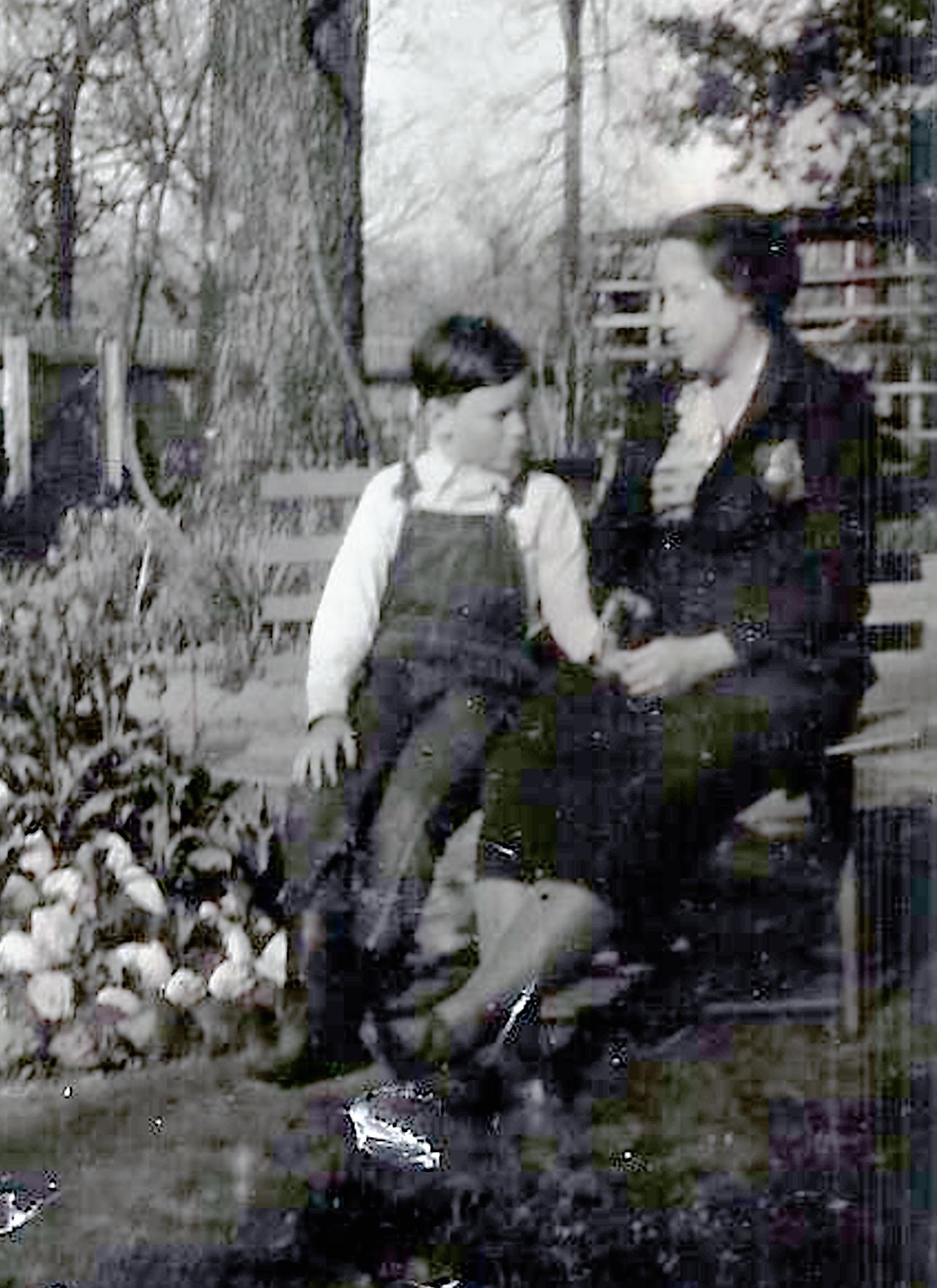 Lillian Rose Allen
