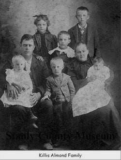 Killis Almond 1895 family