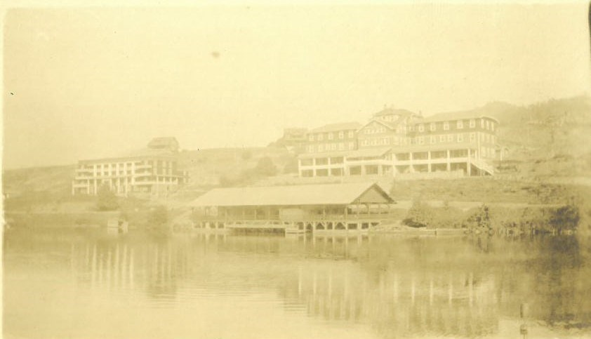 Cherokee Inn Boathouse circa 1920s