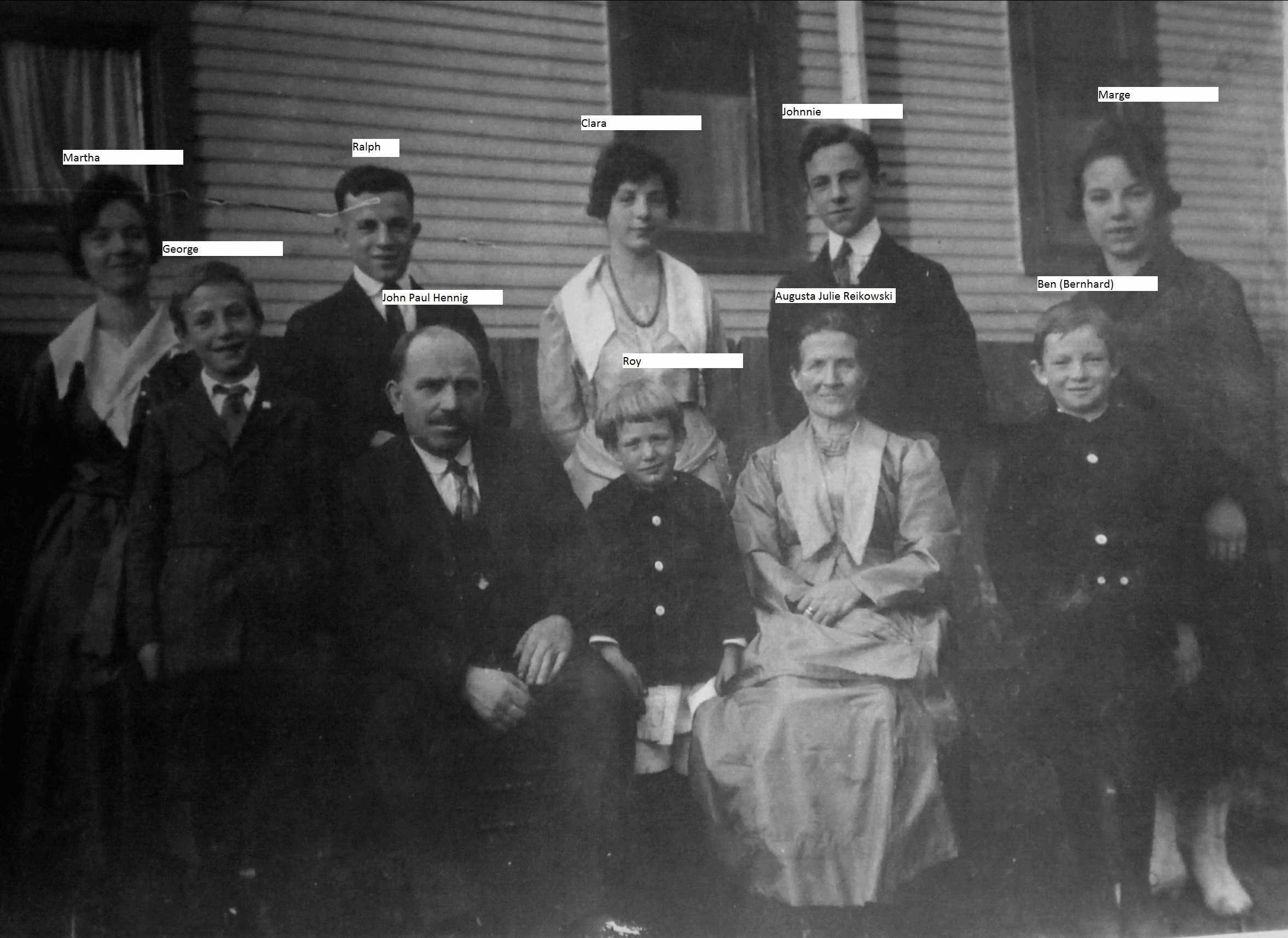 Hennig Family circa 1918