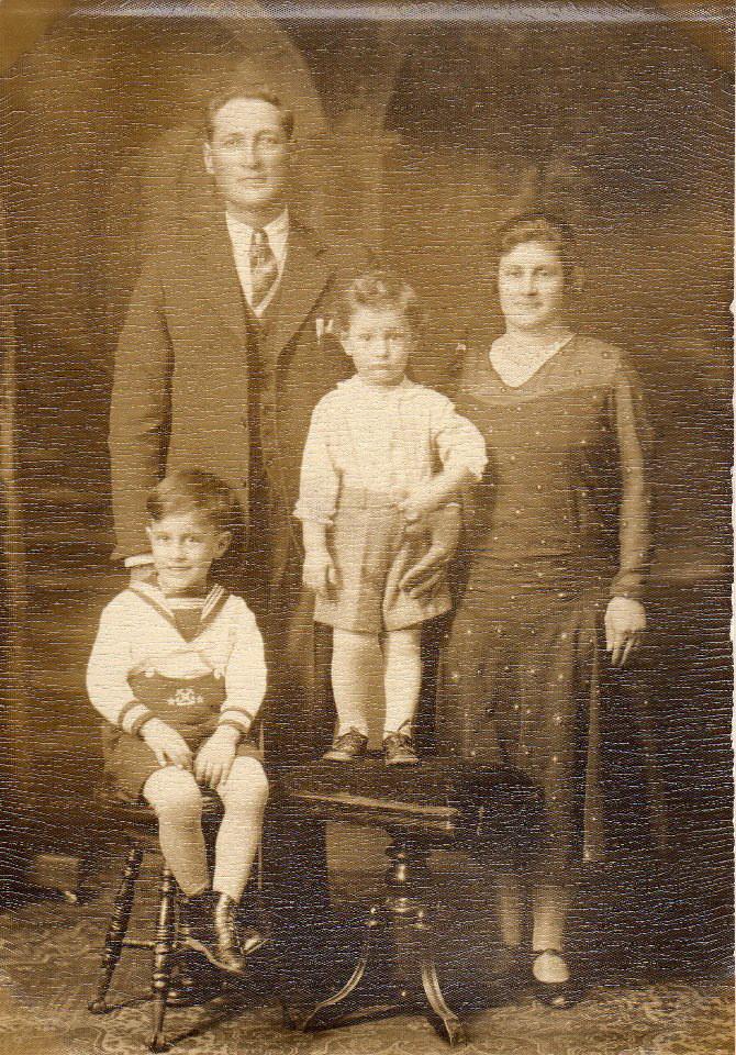 Luigi Nicoletta Silvio, Vincent 1930