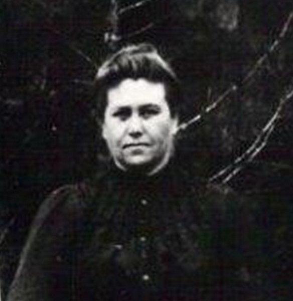 Mary M Allman