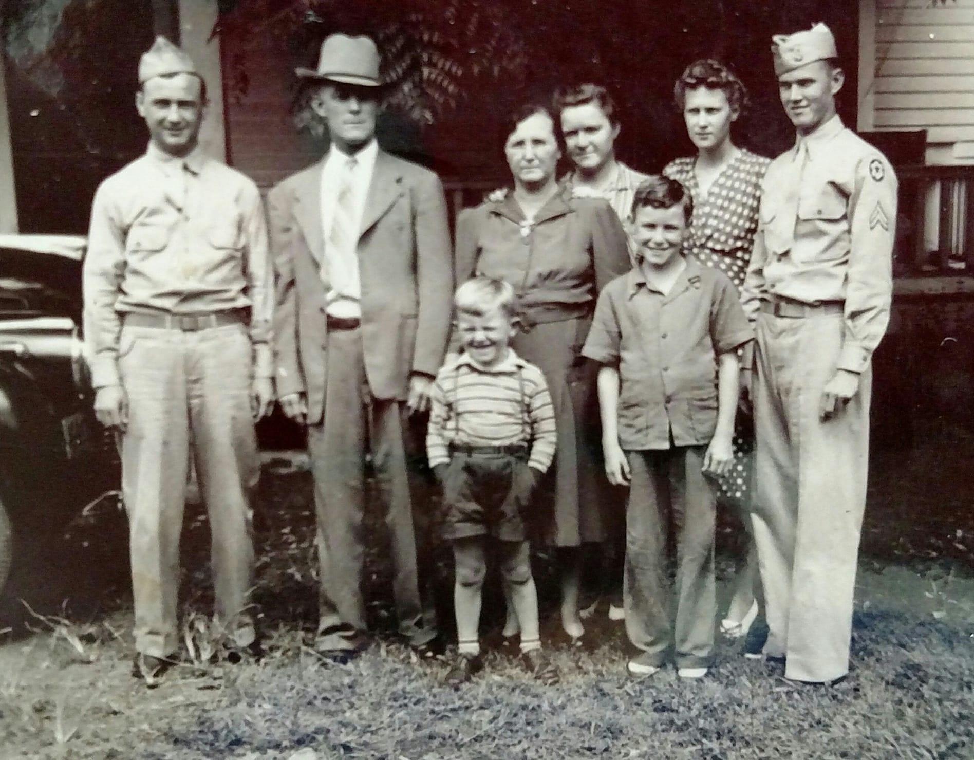 Great Granparents Davis with Nookie, Clyde, Doy, Addie, Ramelle, little Alfred.